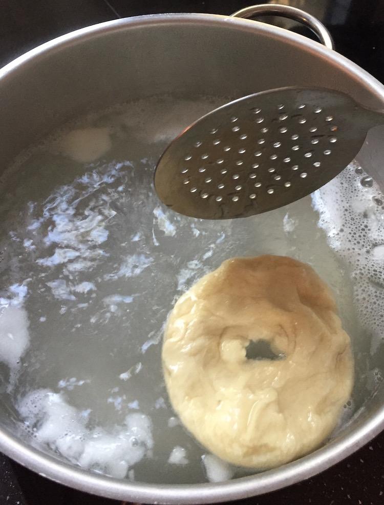 cuire le bagel des 2 côtés