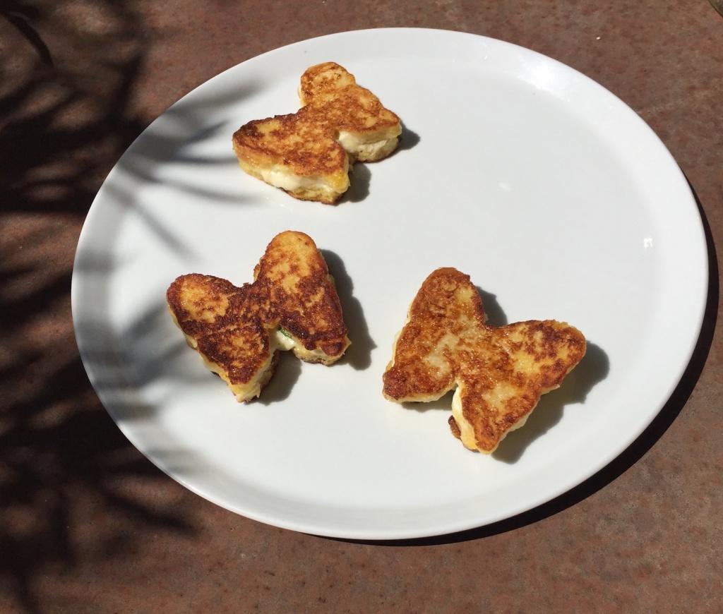 Mozzarella In Carrozza D E L P H I N N